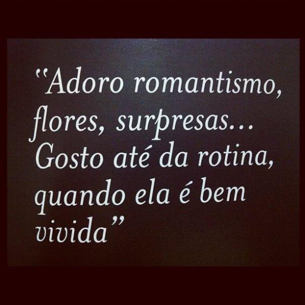 Adoro romantismo, flores,...