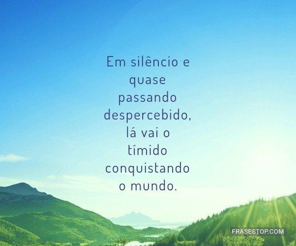 Em silêncio e quase...